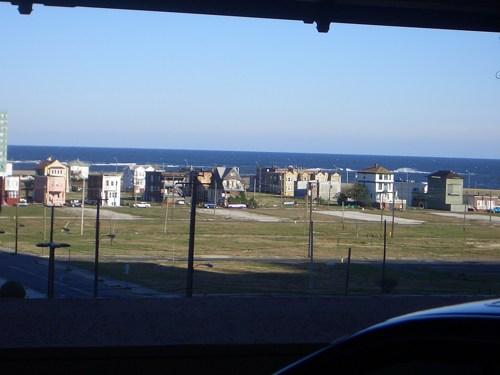 Look, the ocean!
